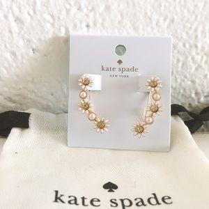 🍁 Kate Spade Daisy Ear Climbers 🍁